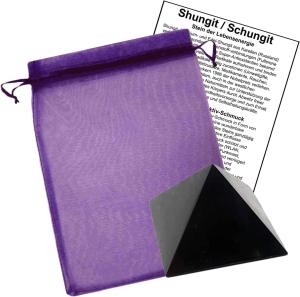 Shungit (Schungit) Pyramide 3,5x3,5cm
